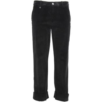 vaatteet Naiset Chino-housut / Porkkanahousut NeroGiardini A960730D Musta
