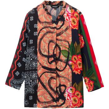 vaatteet Naiset Paitapusero / Kauluspaita Desigual 19WWCW11 Musta