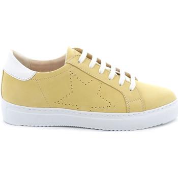 kengät Naiset Matalavartiset tennarit Grunland SC4939 Keltainen