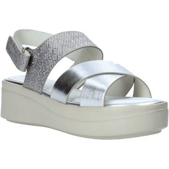 kengät Naiset Sandaalit ja avokkaat Impronte IL01548A Hopea