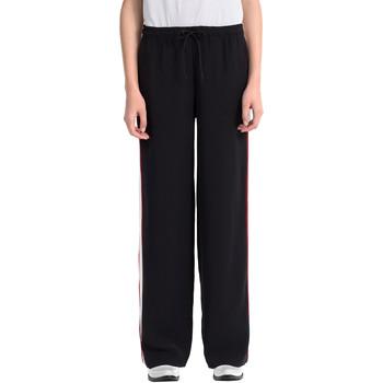 vaatteet Naiset Verryttelyhousut Calvin Klein Jeans J20J206906 Musta