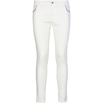 vaatteet Naiset Chino-housut / Porkkanahousut Café Noir JP235 Valkoinen