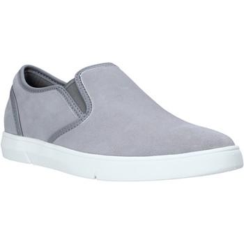 kengät Miehet Tennarit Clarks 26141135 Harmaa