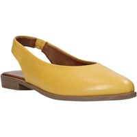 kengät Naiset Sandaalit ja avokkaat Bueno Shoes 9N0102 Keltainen