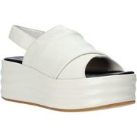 kengät Naiset Sandaalit ja avokkaat Café Noir GG422 Beige