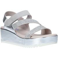 kengät Naiset Sandaalit ja avokkaat Comart 503428 Harmaa