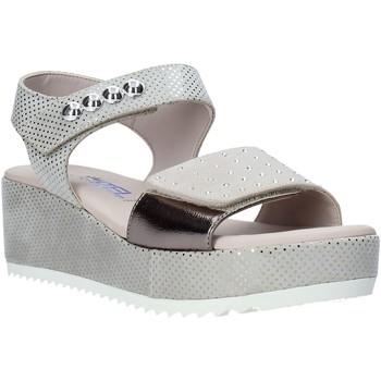 kengät Naiset Sandaalit ja avokkaat Comart 503359 Beige