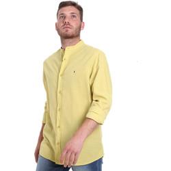 vaatteet Miehet Pitkähihainen paitapusero Les Copains 9U2722 Vihreä