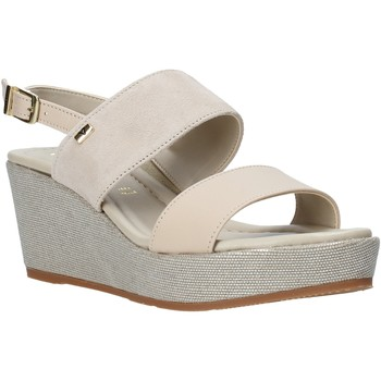 kengät Naiset Sandaalit ja avokkaat Valleverde 32212 Beige