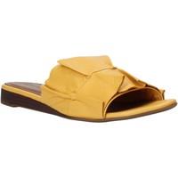 kengät Naiset Sandaalit Bueno Shoes N1908 Keltainen