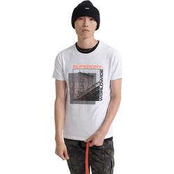 vaatteet Miehet Lyhythihainen t-paita Superdry M1000047A Valkoinen