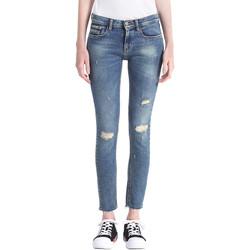 vaatteet Naiset Boyfriend-farkut Calvin Klein Jeans J20J207110 Sininen