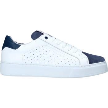 kengät Miehet Matalavartiset tennarit Exton 860 Valkoinen