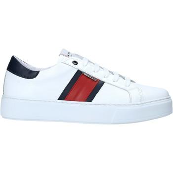 kengät Miehet Matalavartiset tennarit Exton 861 Valkoinen