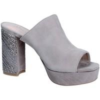 kengät Naiset Sandaalit Alma En Pena V18256 Harmaa
