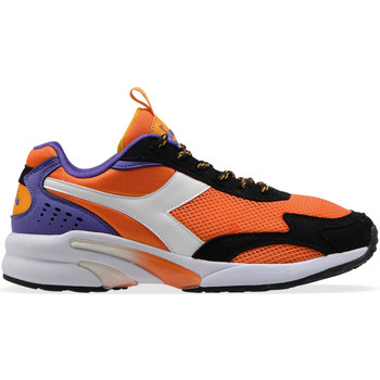 kengät Miehet Matalavartiset tennarit Diadora 501175099 Oranssi