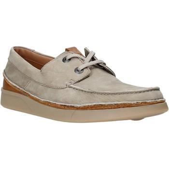 kengät Miehet Derby-kengät Clarks 26139579 Beige