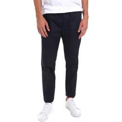 vaatteet Miehet Chino-housut / Porkkanahousut Calvin Klein Jeans K10K105138 Sininen