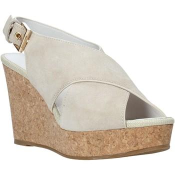 kengät Naiset Sandaalit ja avokkaat Lumberjack SW82106 003 A01 Beige
