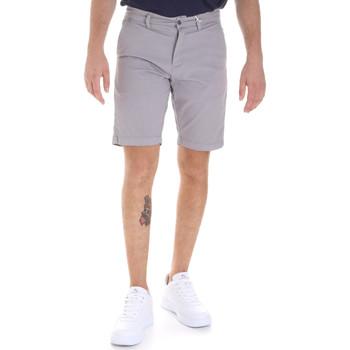 vaatteet Miehet Shortsit / Bermuda-shortsit Sseinse PB605SS Harmaa