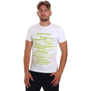 vaatteet Miehet Lyhythihainen t-paita Antony Morato MMKS01749 FA120001 Valkoinen