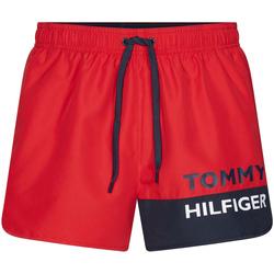 vaatteet Miehet Uima-asut / Uimashortsit Tommy Hilfiger UM0UM01683 Punainen