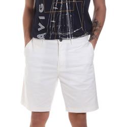 vaatteet Miehet Shortsit / Bermuda-shortsit Navigare NV56031 Valkoinen