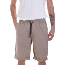 vaatteet Miehet Shortsit / Bermuda-shortsit Antony Morato MMSH00144 FA900118 Beige