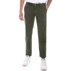 vaatteet Miehet Chino-housut / Porkkanahousut Gaudi 821FU25013 Vihreä