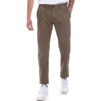 vaatteet Miehet Chino-housut / Porkkanahousut Gaudi 821BU25007 Vihreä