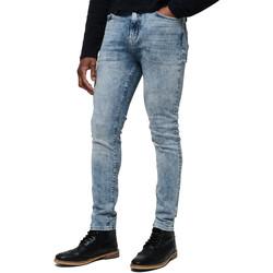 vaatteet Miehet Farkut Superdry M70015ET Sininen