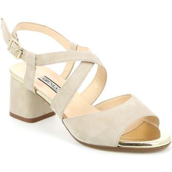 kengät Naiset Sandaalit ja avokkaat Grunland SA1426 Beige
