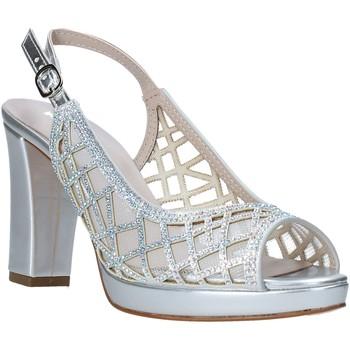 kengät Naiset Sandaalit ja avokkaat Comart 303331 Hopea