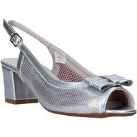 kengät Naiset Sandaalit ja avokkaat Comart 293304 Hopea