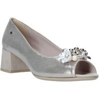 kengät Naiset Sandaalit ja avokkaat Comart 913465 Beige