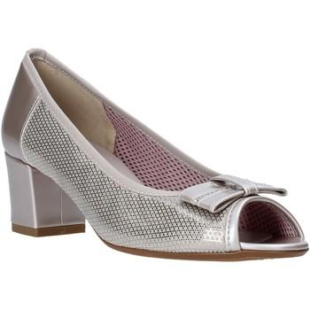 kengät Naiset Sandaalit ja avokkaat Comart 293303 Beige