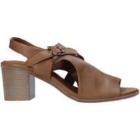 kengät Naiset Korkokengät Bueno Shoes 9L102 Ruskea