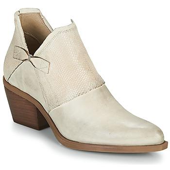 kengät Naiset Sandaalit ja avokkaat Casta DOLCE Beige
