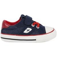 kengät Pojat Matalavartiset tennarit Chika 10 24453-18 Sininen