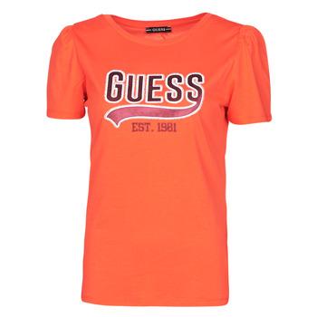vaatteet Naiset Lyhythihainen t-paita Guess SS CN MARISOL TEE Punainen