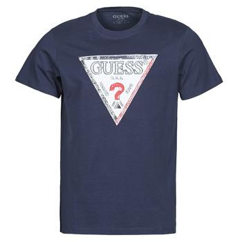vaatteet Miehet Lyhythihainen t-paita Guess TRIESLEY CN SS TEE Laivastonsininen