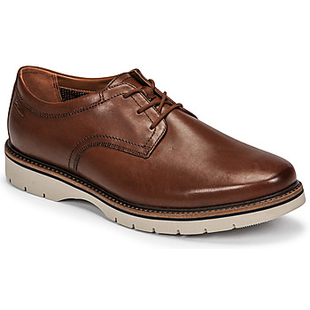 kengät Miehet Derby-kengät Clarks BAYHILL PLAIN Ruskea