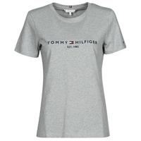vaatteet Naiset Lyhythihainen t-paita Tommy Hilfiger TH ESS HILFIGER C-NK REG TEE SS Harmaa