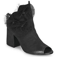 kengät Naiset Korkokengät Papucei MOMA Musta