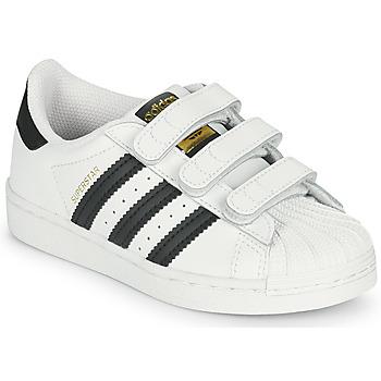 kengät Lapset Matalavartiset tennarit adidas Originals SUPERSTAR CF C Valkoinen / Musta
