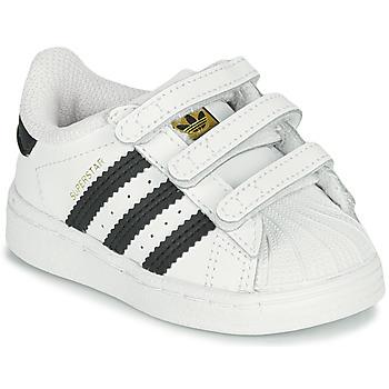 kengät Lapset Matalavartiset tennarit adidas Originals SUPERSTAR CF I Valkoinen / Musta