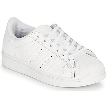 kengät Lapset Matalavartiset tennarit adidas Originals SUPERSTAR C Valkoinen