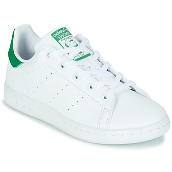 kengät Lapset Matalavartiset tennarit adidas Originals STAN SMITH C SUSTAINABLE Valkoinen / Vihreä