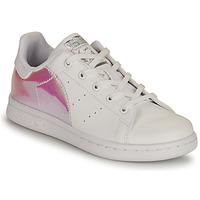 kengät Tytöt Matalavartiset tennarit adidas Originals STAN SMITH C SUSTAINABLE Valkoinen / Vaaleanpunainen