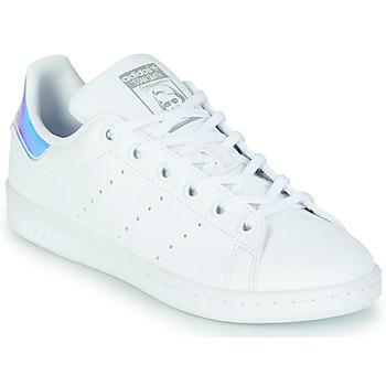 kengät Tytöt Matalavartiset tennarit adidas Originals STAN SMITH J SUSTAINABLE Valkoinen